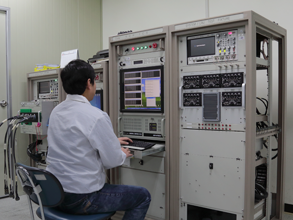Automatic test equipment for intercom system for Korea Utility Helicopter